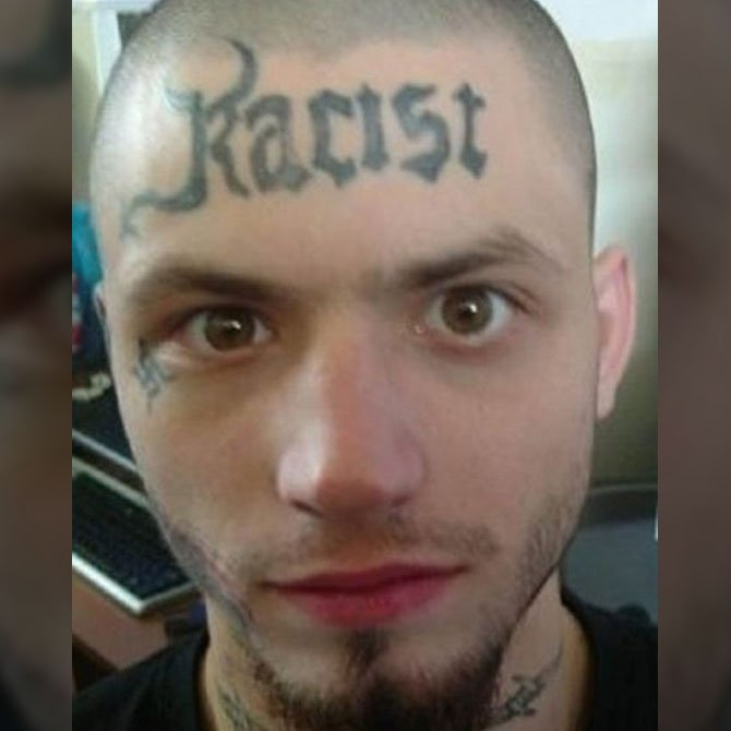 Tattoo Fail do Racista