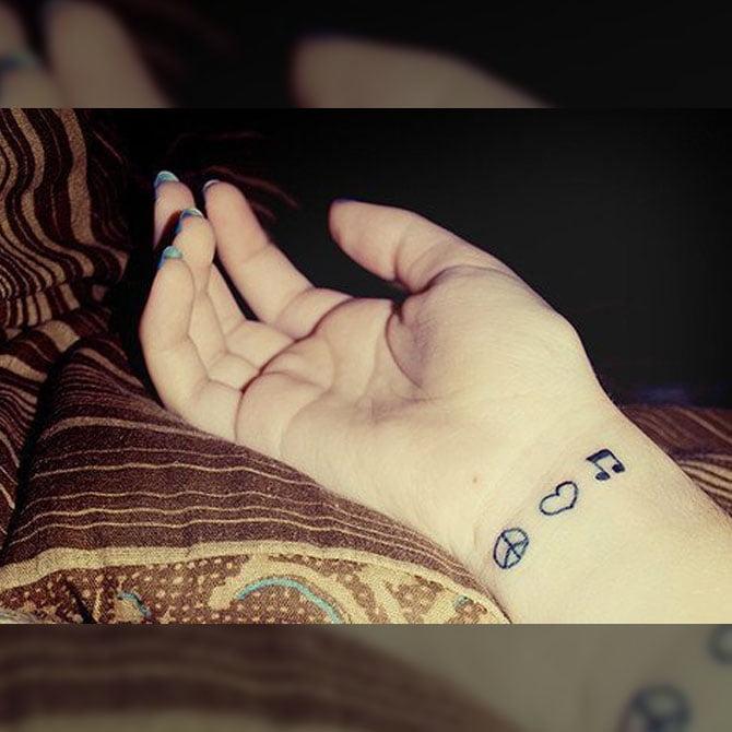 Tattoo Símbolo Minimalista
